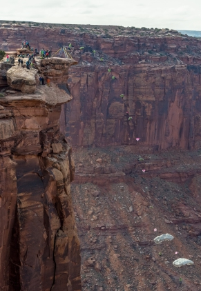 During the GGBY, near Moab, UT, the cliffs are the good place to play with heights.