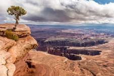 From the Island in the Sky, in Canyonlands National Park, we can have a great viewpoint to the Needles where the Colorado River is shaping its way...