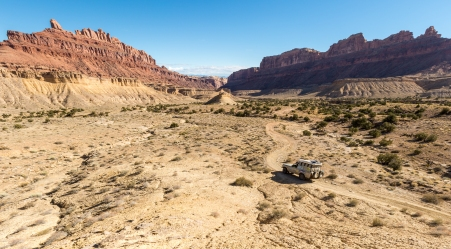 Utah is an amazing state for who wants to travel off-road. The landscapes give us the feeling we are so small in wilderness.