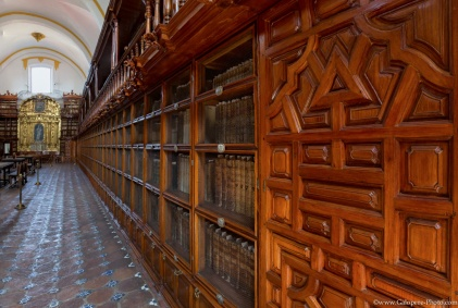 Come to visit the first American Library in Puebla, Mexico !