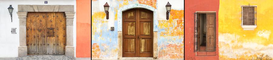 Antigua doors